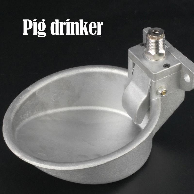 potável fonte torneiras porco tigela potável