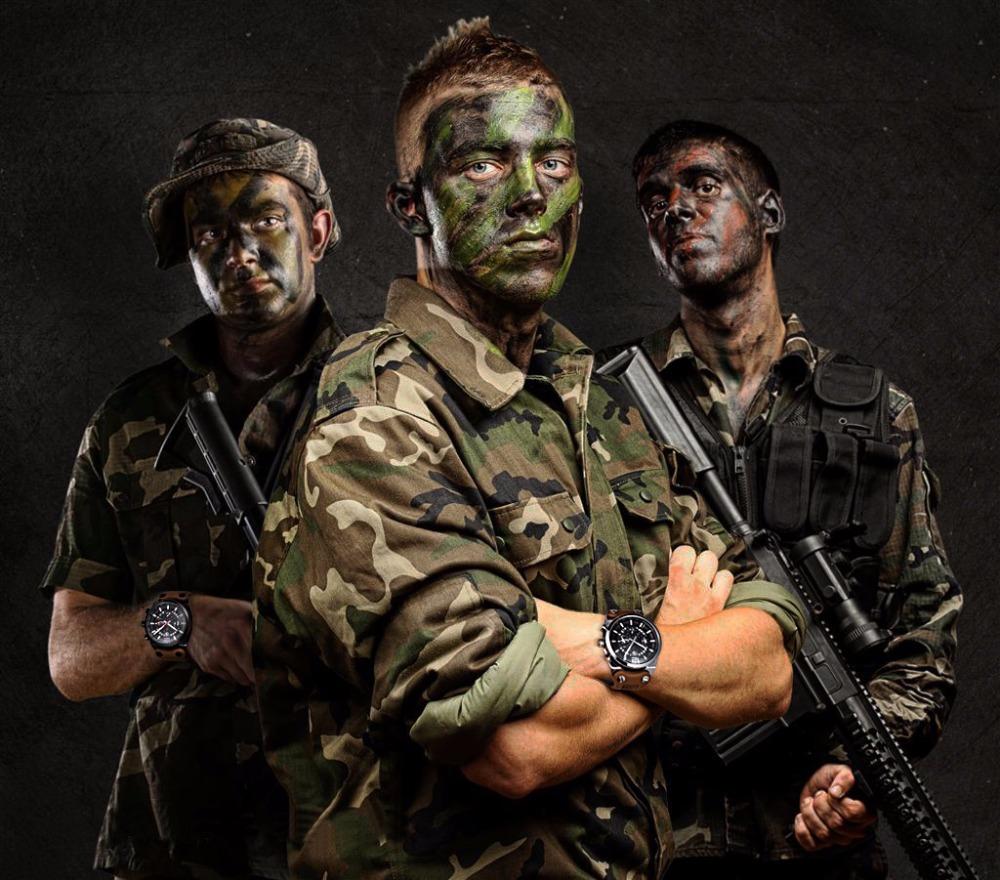 BENYAR Men's Waterproof Military Chronograph Watch