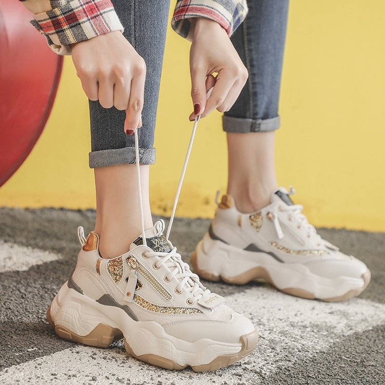 Old shoes female spring 2019 new Korean version of the wild ulzzang thick bottom net red students ins super fire shoes tideOld shoes female spring 2019 new Korean version of the wild ulzzang thick bottom net red students ins super fire shoes tide