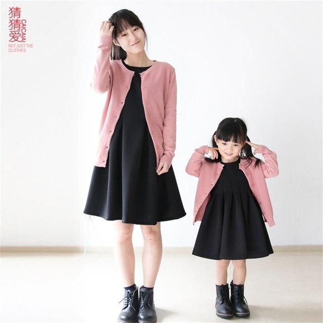 2015 Осень зима марка длинные рукава твердые хлопок мать дочь clothing девушки женщины вязаные свитера семьи сопоставления одежда