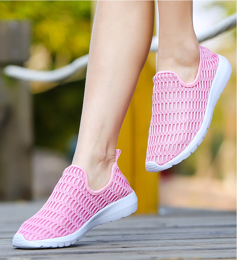 BEANNHUA 2017 new hollow fabric shoes female fly net air sports and leisure increased thick soled