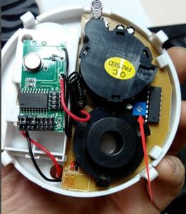 Image 4 - New 433 Wireless Smoke Detector Fire Alarm Sensor For Wifi / GSM / PSTN Home Burglar Indoor Home Safety Garden Security SM 02