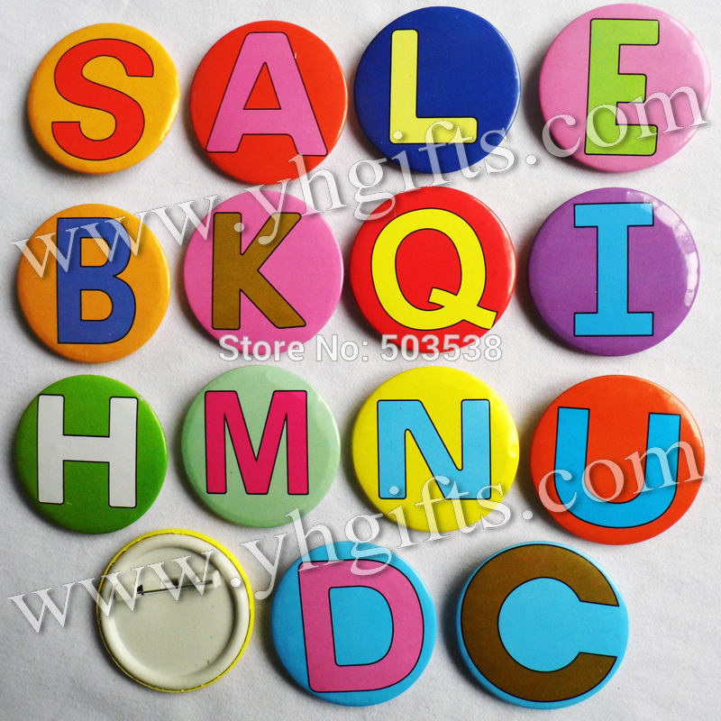30PCS/LOT,4.5cm(1.7 Inch),Colorful Alphabet Badge,Letters Buttons,Students Reward,Fashion Pins,Team Logo,Goody Bag.Brooches,OEM