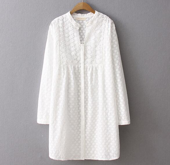 Small fresh embroidery pattern long sleeve white dress