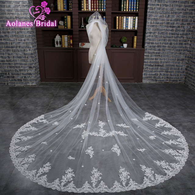 In Stock 3 Meters Long Wedding Veil Applique Edge Light Ivory Bridal Veils White With Comb Wedding Accessories Veil Soiree 2017