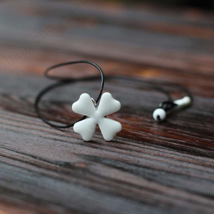 product Summer Four-leaf Clover Necklace Handiwok Ceramic Small Adorn Article Jewelry for Girl Women Rope Chain Pulseira Masculine 193