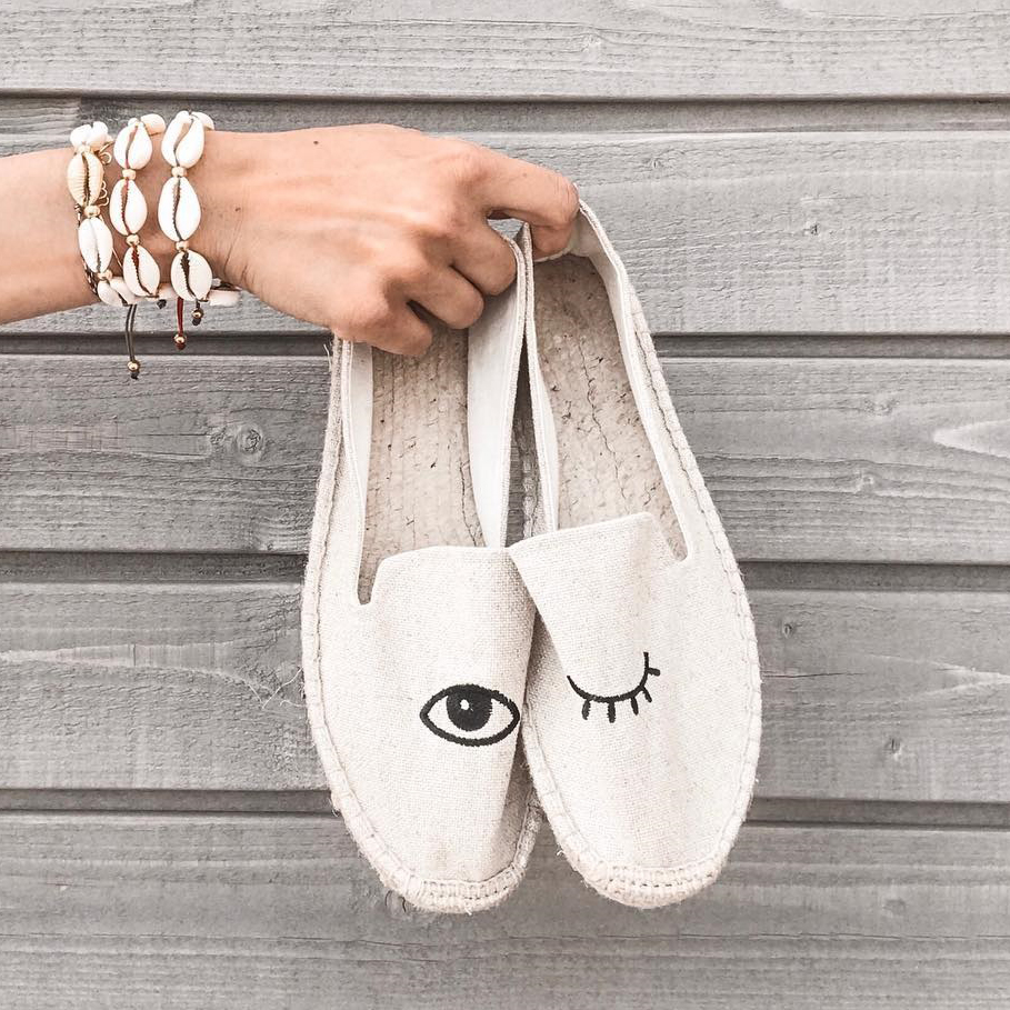 Insta Street Style Winking Eye Embroidery Women Espadrilles Flats Summer Slip on Casual Flat Shoes Woman