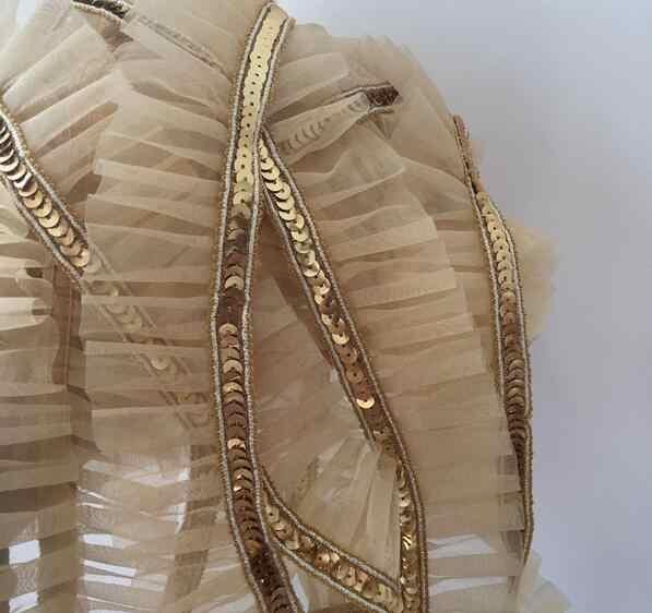4,5 CM de ancho de lujo bordado de lentejuelas de oro Flor de encaje de tela trim cinta DIY costura applique collar craft vestido de decoración de la boda