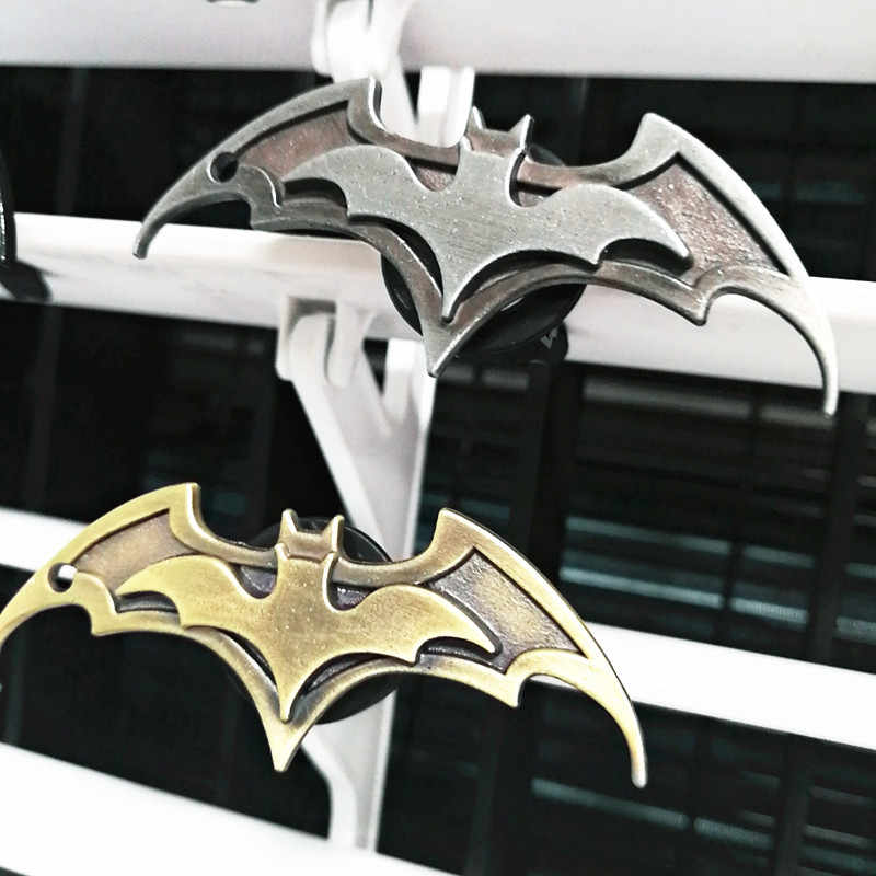 Styling Clipe De Purificadores de ar do carro Ar Condicionado Ventilação Perfume Para Os Vingadores Ironman Spiderman Batman Fãs LIVRE 2 PERFUME