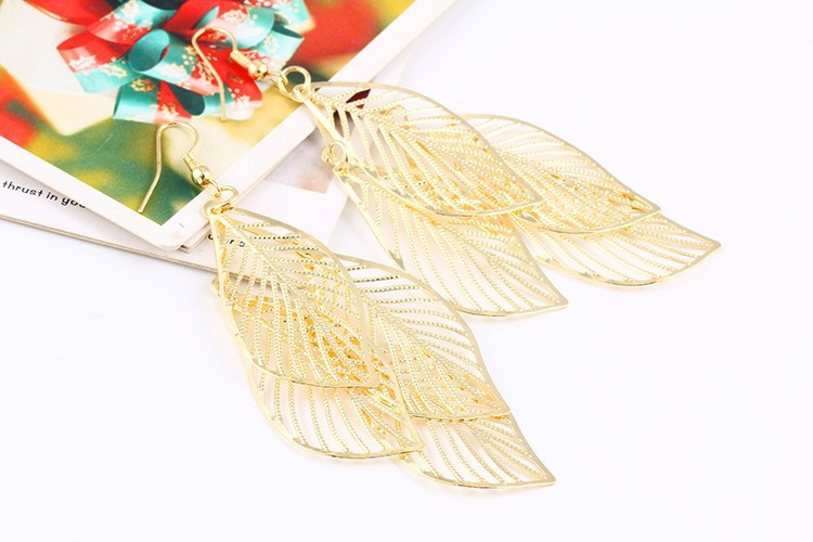 17KM Fashion Hollow Flower Gold Color Leaf Drop Earrings pendientes mujer Jewelry Tassel Long Earrings for women