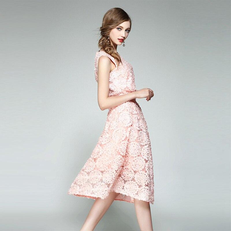 Di alta Qualità Nuova Estate di Modo Delle Donne Rosa Fiorellino Dimensionale O Collo Shirt + Elegante gonna di Maglia 2 Pezzi Set Conjunto Feminino-in Completi da donna da Abbigliamento da donna su  Gruppo 2