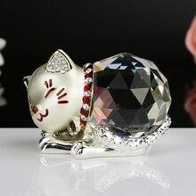 現代のホームデコレーションメタルクリスタル猫マスコット工芸品ミニチュアガラスお土産動物像猫クリスタルの置物