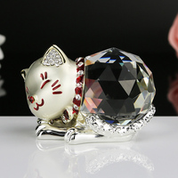 Modern Home Decoration Metal Crystal Cat Mascot Crafts Miniature Glass Souvenirs Animal Statue Lucky Cat Crystal Figurines