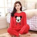 2016 Nuevas Mujeres de la Historieta Linda Mickey Pijama Pijamas Camisón de Dormir de Las Señoras de Primavera de Punto de Algodón Conjunto Casa Ropa Albornoz