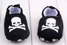 2016 Newest Black Baby Shoes Fashion Cartoon Girls Boys First Walkers Vintage Skull Shoes for Kids