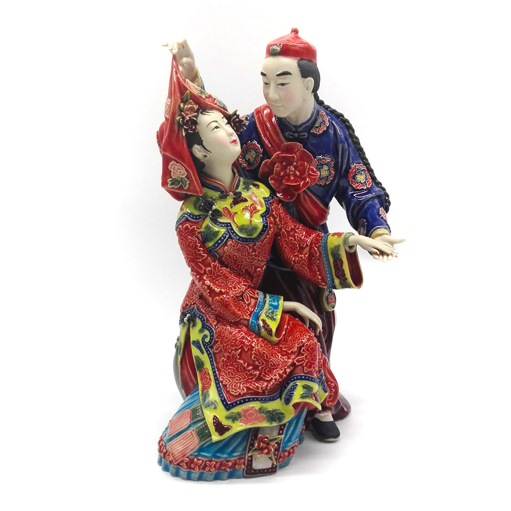 Collectible Chinese Statues for Wedding Gifts Decorative Porcelain Figurines Couple Dolls Home Decor Sculpture Arts