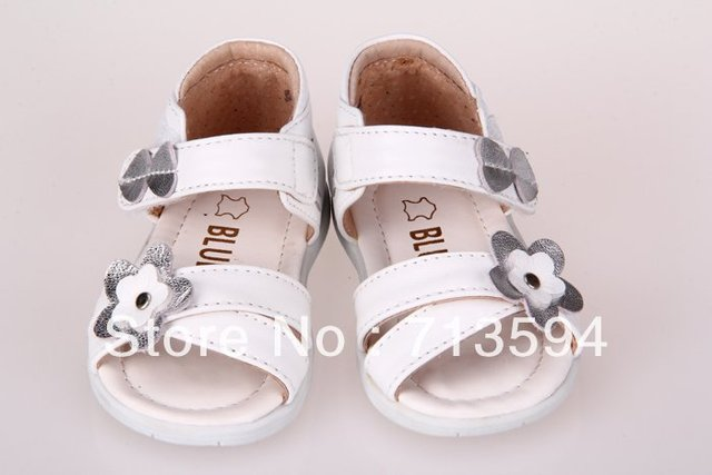 Free shipping 2012 style genuine leather baby sandals girls sandals kids shoes