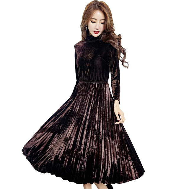10ceffde505f 2018 Autumn Winter Velvet Pleated Dress Women Vintage Turtleneck Long  Sleeved Black Green Warm Velour Party Dresses Vestidos