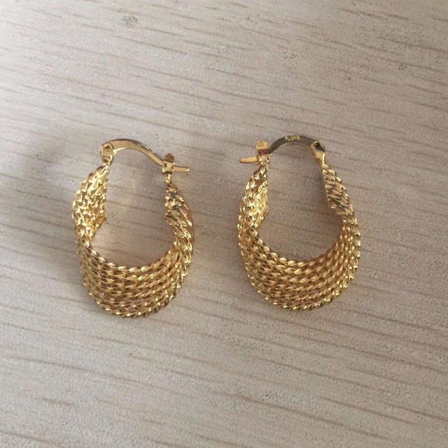 Fashion New small Gold color twisted Hoop Earrings for Women 2017