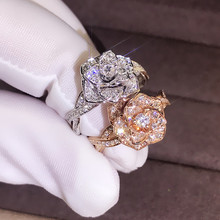 Exquisite Austria Rose Flower Crystal Zircon Ring Bridal Rhinestone Promise Rings for Woman Female Latest Models