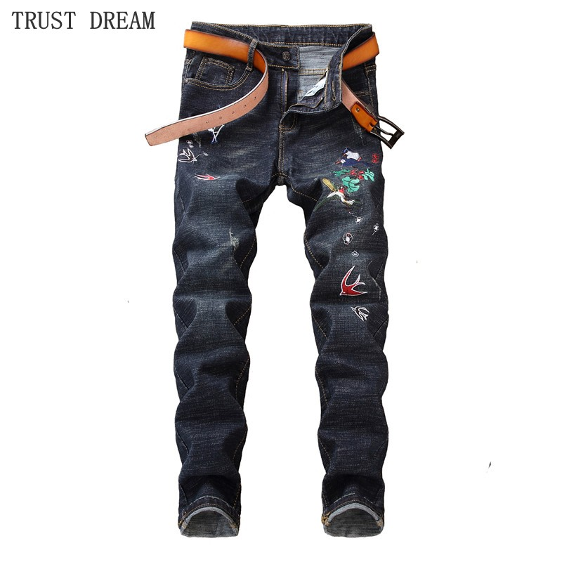 2018 New Europeans Style Men Embroidery Slim Black Jeans Decor Bird Flower Personal Man Quality Casual Club Street Amazing Jean