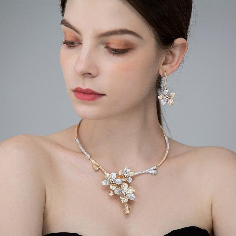MECHOSEN ประณีตผู้หญิงแต่งงานเจ้าสาวเครื่องประดับชุดสร้อยคอต่างหูดอกไม้โรแมนติก 3 โทน brinco aretes de mujer ถั่วเหลือง luna-ใน ชุดอัญมณี จาก อัญมณีและเครื่องประดับ บน   1