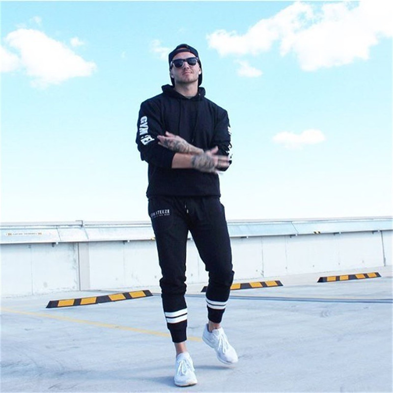 2018 men's new fitness leisure fashion movement spring and autumn trousers