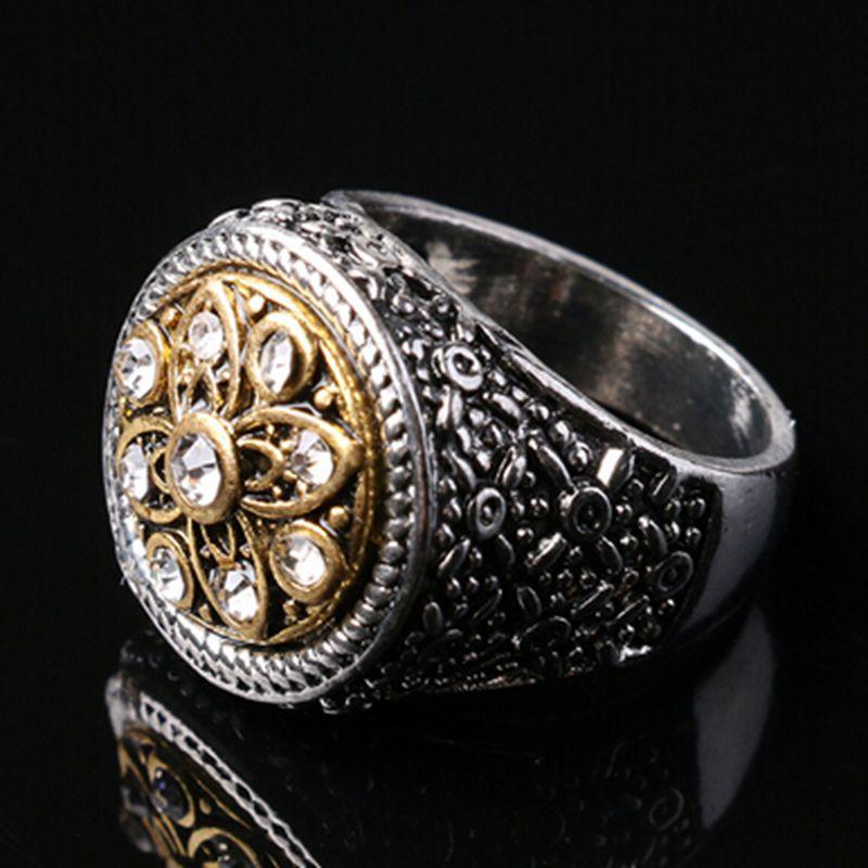 Fashion Men Ring Clic Retro Carving