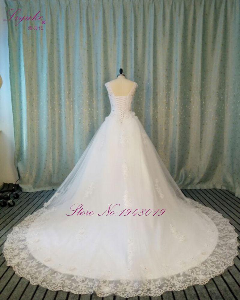 New Design A-line Lace Wedding Dress  V Neck Short Sleeve Lace Up  Chapel Train Vestido de noiva