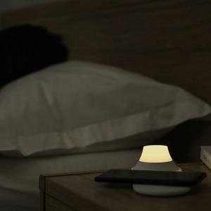 Image 5 - الأصلي Yeelight شاحن لاسلكي مع LED ضوء الليل المغناطيسي الجذب شحن سريع آيفون لسامسونج ل شاومي