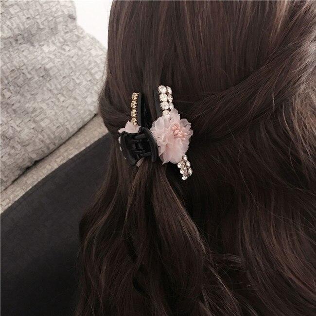 2017 New Fashion Silk flower Crab Hair Hair Claws crystal Girl Headwear Accessories for Women Hairpins Acrylic Barrette