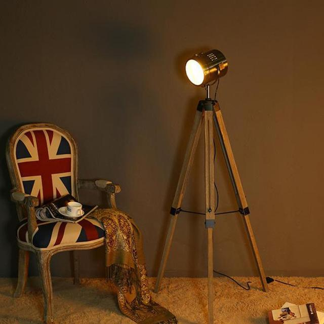 Vintage loft indusrial american tripod wood metal led floor lamp for photo studio study bedroom living