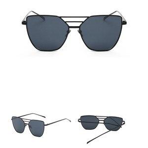 EASTWAY 2018 جديد أزياء المرأة النظارات الشمسية الكلاسيكية العلامة التجارية مصمم الرجال طلاء مرآة عتيقة مربع المسطحة عدسة نظارات شمسية