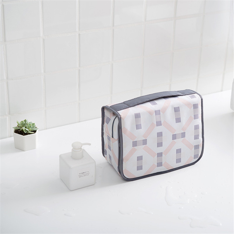 PACGOTH Printing Polyester Cosmetic Cases Portable Travel Makeup Packing Organizers Geometric Pattern Special Purpose Bag 1 PC