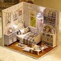 Kit Casa De Bonecas De Madeira Em Miniatura DIY Handmake Feliz Sala de estar Com Móveis Tampa Bonito Caixa Quarto quarto Modelo de Casa de Boneca Menina