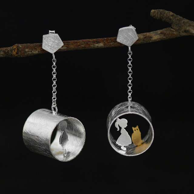 Love Meeting with Cat Drop Silver Earrings4