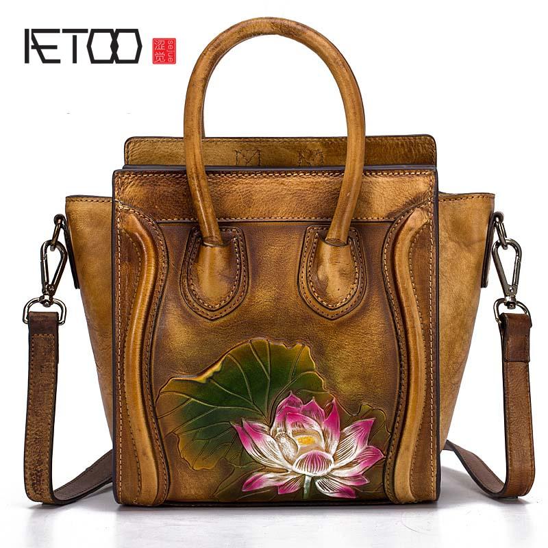 AETOO 2018 New 3D Embossed Fashion Ms. Portable Messenger Bag Hand-wiping color Trend National style Lotus handbag women bag