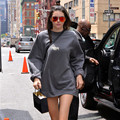 Fashion streetwear oversized sweatshirt Kendall Jenner casual loose long hoodies for women YEEZUS TOUR letter print pullovers