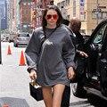 Kendall Jenner moda streetwear camisola de grandes dimensões casuais hoodies longos soltos para as mulheres TURNÊ YEEZUS carta imprimir pullovers