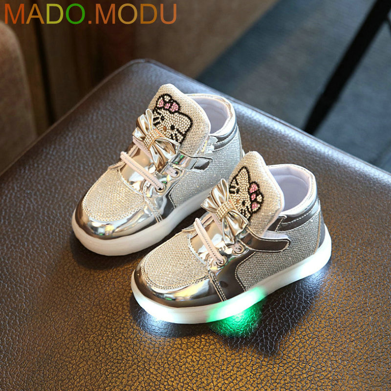 Kids-Casual-Lighted-Shoes-2017-New-Brand-Girls-Glowing-Sneakers-Children-KT-Cats-Shoes-With-Led-Light-for-Baby-Girl-Lovely-Boots-2