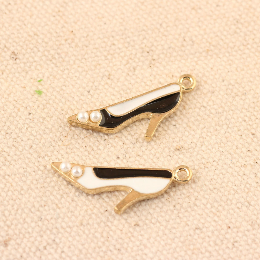 Fashion Jewelry Charms Women High Heel Shoes Alloy Charm Pendant with Pearls Decor DIY Ornament Accessories Bracelet Metal Charm