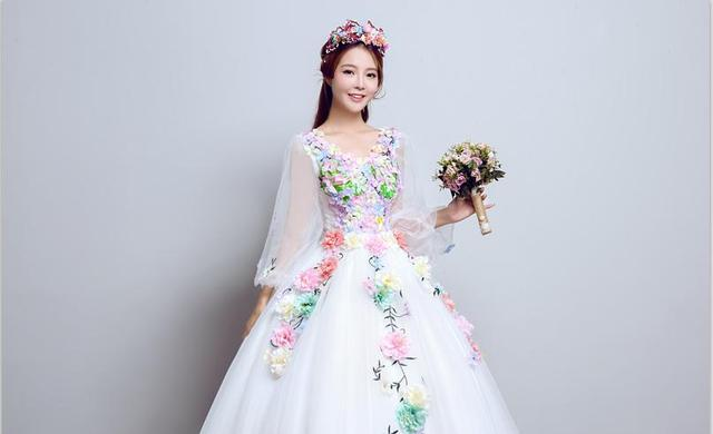Long Sleeve Quinceanera Dresses Sweet Flowers Ball Gown Lace Elegant Short Colorful Prom Dress Quinceanera Growns