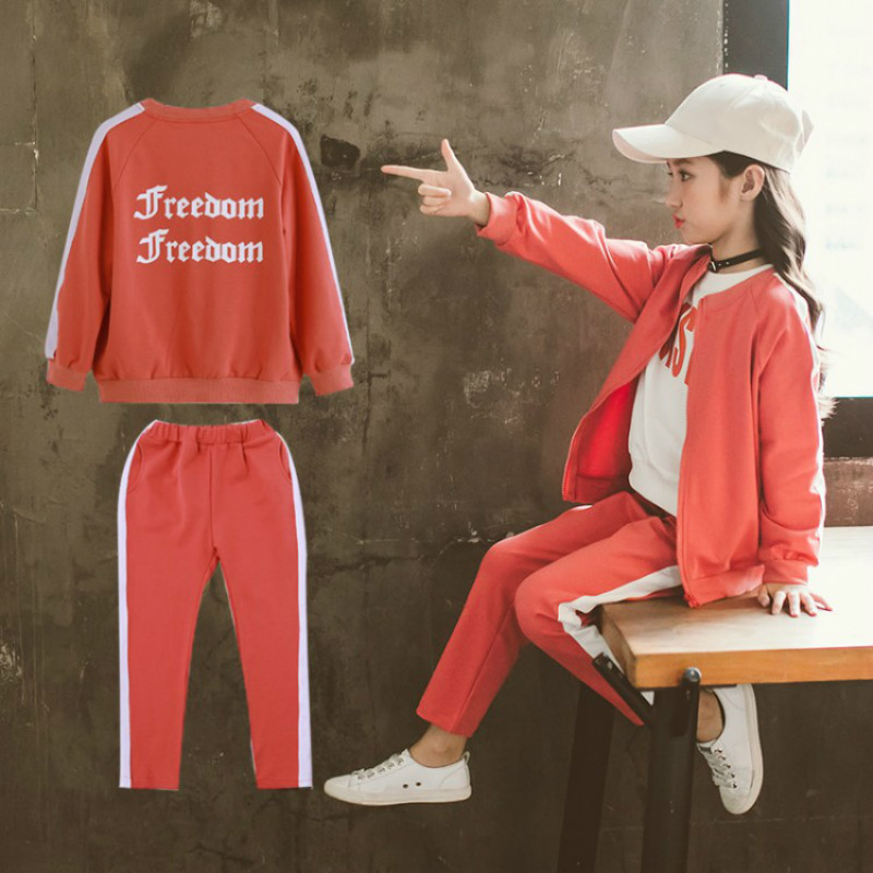 цена Jacket for Girls Children Clothes Sets Kids Letter Print Sports Suit Baby Girls Jacket Coat+Pants Children Girl Tracksuit CA140