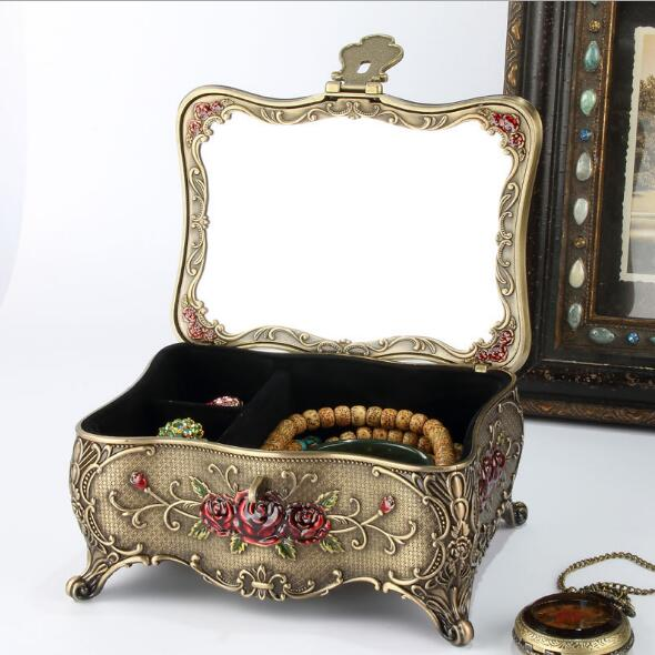 Big Size Vinatge Bronze Color Butterfly Flower with Full Stones Design Metal Jewelry Case Trinket Alloy