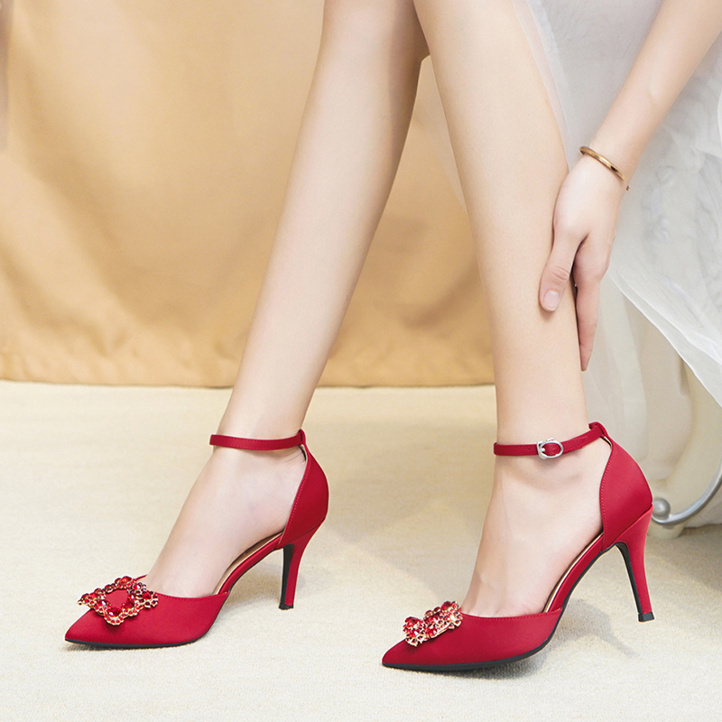 Wedding shoes women 2019 new toast red Korean version of Chinese high heels stiletto sandals square