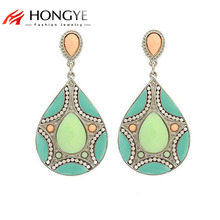 цены на Free Shipping Min Order $10 (Mix Order) Ethnic New Arrival Fashion Women Colorful Resin Beads Link Pendant Drop Earrings Jewelry  в интернет-магазинах