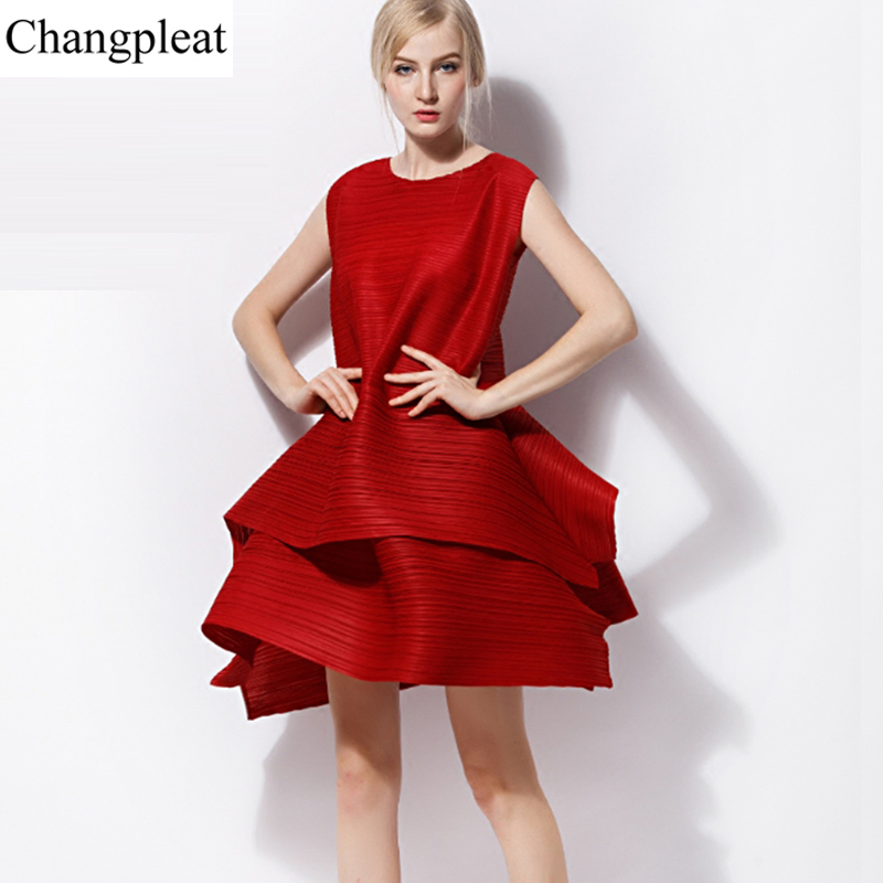Changpleat 2018 Summer sleeveless cake Dress Miyak Pleated Fashion Design O-neck Solid Loose Plus Size Female A-line dress Tide цена