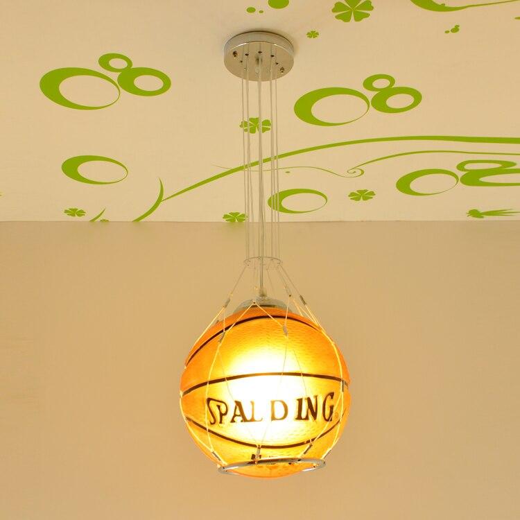 Paquet télécommande LED lampe fille garçon de basket-ball de football pendentif d'aspiration lampe lampe de bande dessinée enfants chambre éclairage ET11