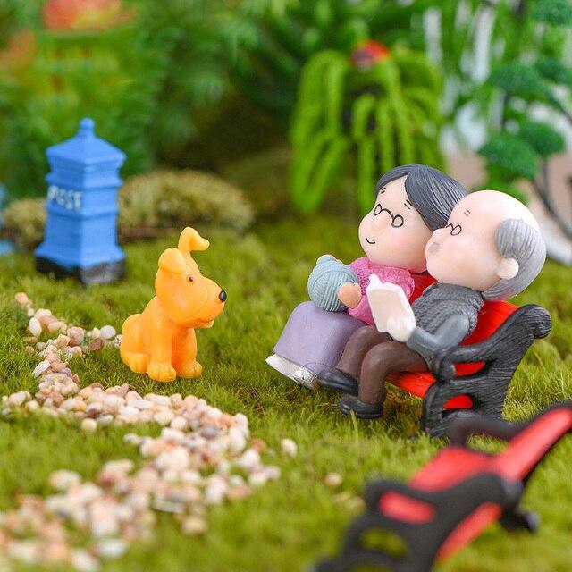 3Pc Figures Chair Grandma Grandpa Sweety Lovers Couple Ornament For Fairy Garden Figurines Miniature Christmas Home Decoration 2