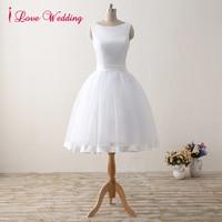 A Line Short Wedding Dresses 2017 White Knee Length Wedding Bridal Gowns Sleeveless Scoop Neck Bow